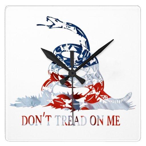Don't Tread on Me Patriotic Wall Clock