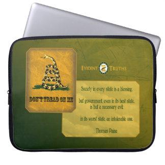 Don't Tread on Me - Thomas Paine Laptop Sleeve