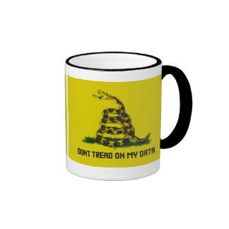 Don't Tread On My Data Ringer Mug