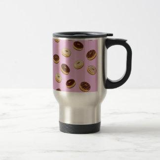 Donuts pattern - pink travel mug