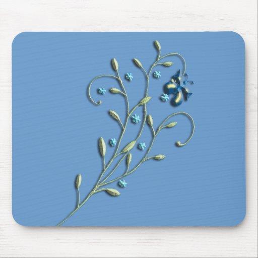 Doodle bonito de la margarita azul y de la maripos mouse pad