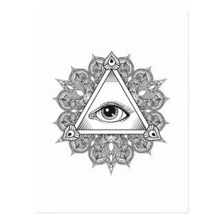 Doodle del símbolo de la pirámide del ojo tarjeta postal