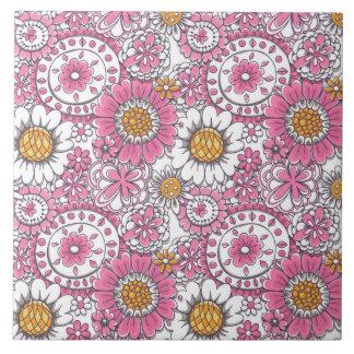 Doodle flowers tile