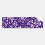 Doodle púrpura del estampado de flores pegatina de parachoque