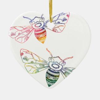 Doodles multicolores de la abeja adorno navideño de cerámica en forma de corazón