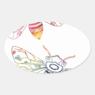 Doodles multicolores de la abeja pegatina ovalada