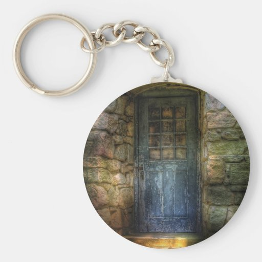 Door - A rather old door leading to somewhere Keychains