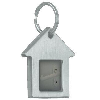door handle pet tag