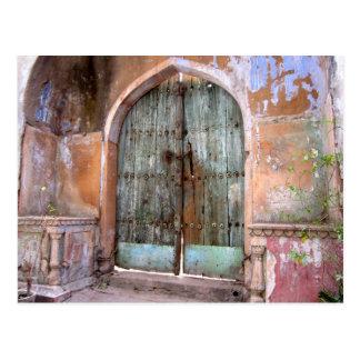 Door in Delhi old part of town - India Postcard