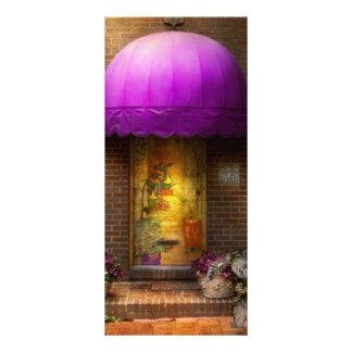 Door - The door to wonderland Rack Card
