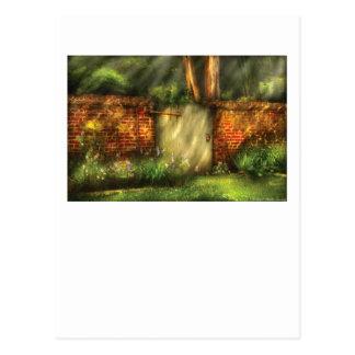 Door - The old gate Postcard