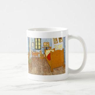 Dormitorio en Arles de Vincent van Gogh Taza De Café