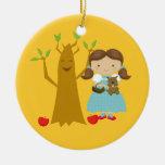 Dorothy al lado del ornamento del navidad del árbo ornamento para arbol de navidad