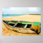 Dory de la pesca en la playa poster