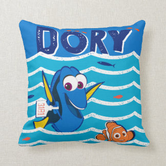 Dory y amor de Nemo a nadar Cojín Decorativo