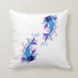 Dos almohadas azules de Koi