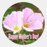 Dos amapolas rosadas para el día de madre etiquetas redondas