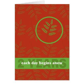 Dos años hoja de la recuperación del día a la vez tarjeta de felicitación