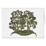 Dos árboles entrelazados tarjeta