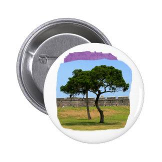 Dos árboles y paredes del castillo pin redondo 5 cm