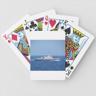 Dos botes patrulla baraja cartas de poker