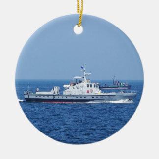 Dos botes patrulla ornamentos de navidad