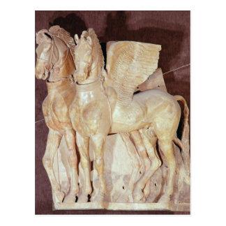 Dos caballos cons alas del frontón de a postales