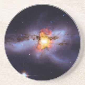 Dos calabozos de combinación en la galaxia NGC 624 Posavasos Para Bebidas