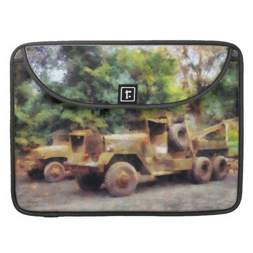Dos camiones de ejército fundas para macbook pro