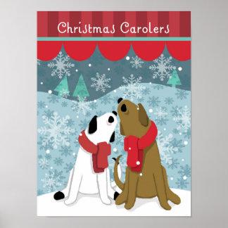 Dos Carolers del navidad del perro cantan en nieve Poster