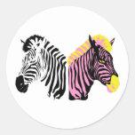 Dos cebras - blancos y negros y rosadas