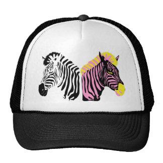 Dos cebras - blancos y negros y rosadas gorro de camionero