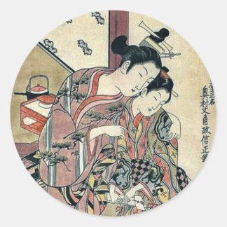 Dos chicas que susurran por Okumura, Masanobu Pegatinas Redondas