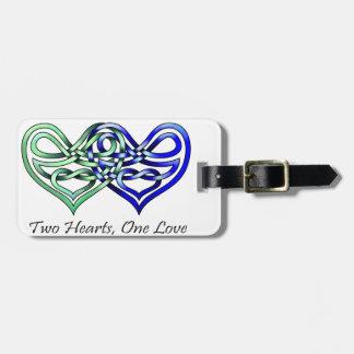 Dos corazones etiquetas maletas