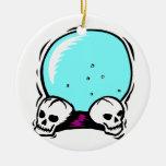 dos cráneos scrying el gráfico de la bola adorno