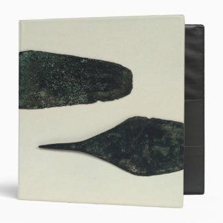 "Dos dagas, 2000-1800 A.C. Carpeta 1 1/2"""