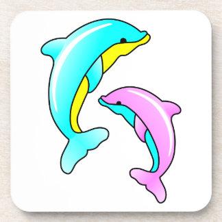 Dos delfínes posavasos de bebidas