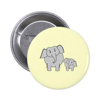 Dos elefantes. Adulto e historieta lindos del bebé Pin Redondo 5 Cm