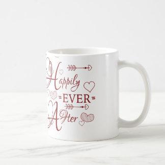 Dos entonados feliz nunca después de taza de café