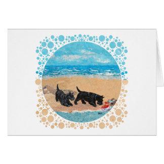 Dos escoceses en la playa tarjeta de felicitación