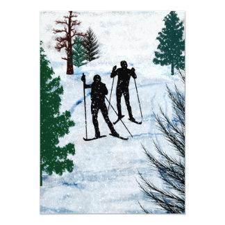 """Dos esquiadores del campo a través invitación 5"""" x 7"""""""