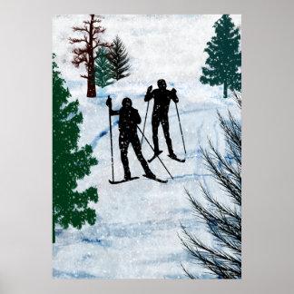 Dos esquiadores del campo a través impresiones