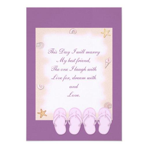 Dos flips-flopes rosados que casan la invitación