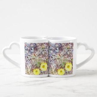 Dos flores amarillas hermosas set de tazas de café