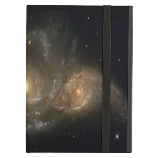 Dos galaxias espirales chocan caso del iPad con Ki