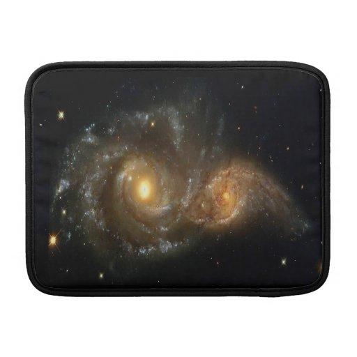 Dos galaxias espirales chocan manga del aire 13 de fundas MacBook