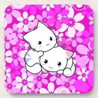 Dos gatitos en fondo rosado posavaso