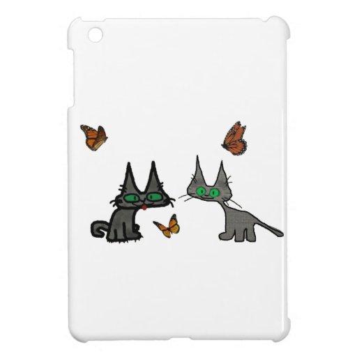 Dos gatos de los kittys que miran el Butterflys iPad Mini Carcasa