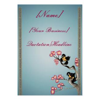 Dos gorriones en un profilecard_chubby_ver de la tarjetas de visita grandes
