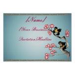 Dos gorriones en una rama rechoncha tarjetas de visita